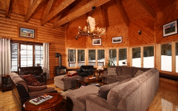Charming Lodge Accommodations